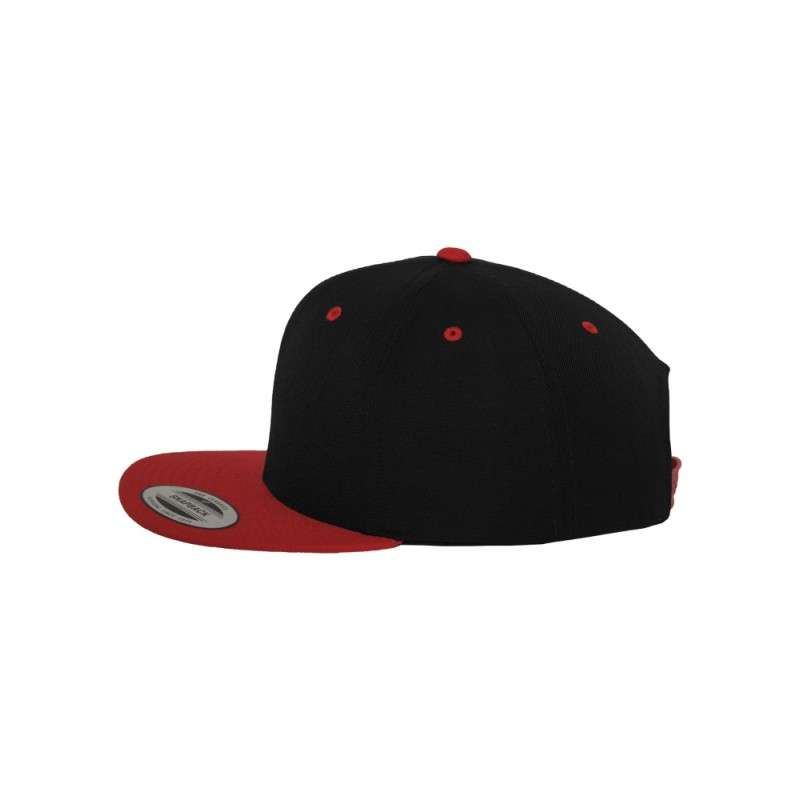 Snapback Cap Classic Schwarz/Rot 6 panneaux, ajustable Seitenansicht links