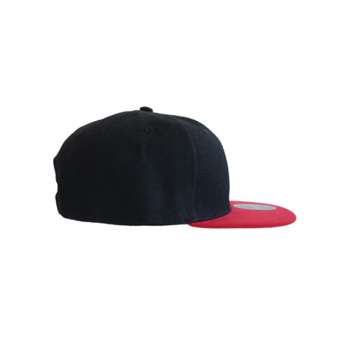 atlantis-cap-snap-back-cap-nero-rosso-rechts